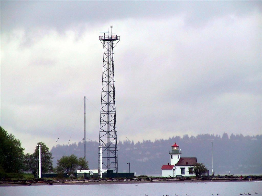 Quartermaster harbor vashon island at point robinson on vashon island the lighthouse is dwarfed by a huge radar tower the lighthouse began service in 1885 and was automated in 1978 nvjuhfo Choice Image